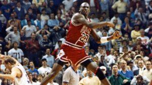 Michael Jordan 'The Shot' 1989